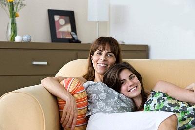 Tâm sự chuyện thầm kín với mẹ như thế nào?