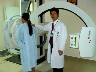 Chụp X-quang rất nguy hiểm với thai nhi