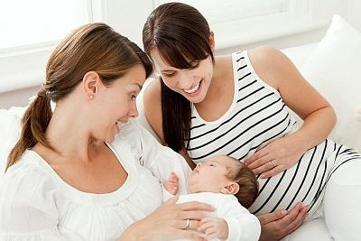 Vừa mang thai vừa cho con bú có nên không?
