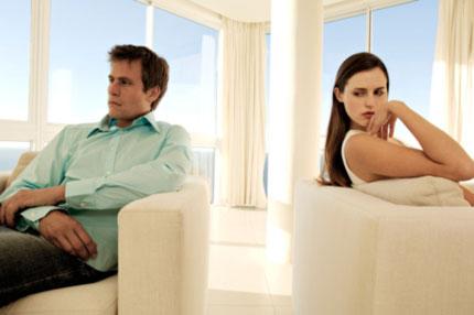 Vợ chồng cãi nhau chỉ vì sắm Tết