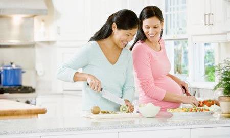 Mang thai 3 tháng đầu nên ăn gì ?